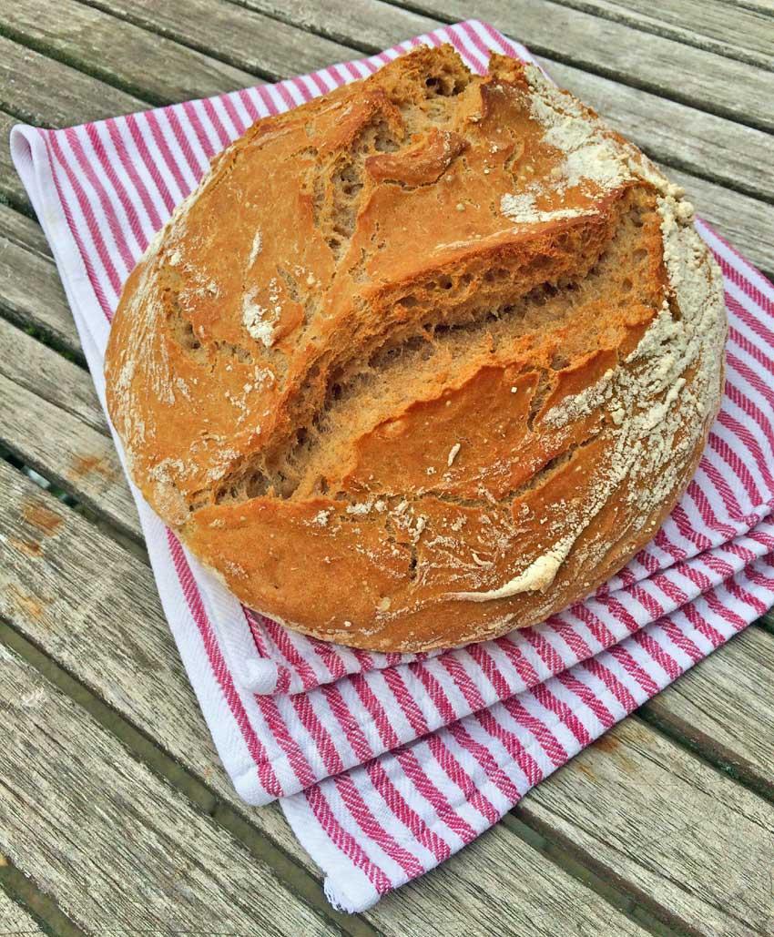 dinkelbrot-no-knead-bread