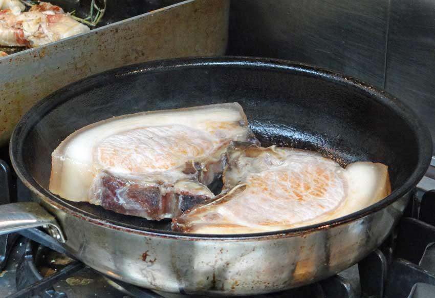 alblinsenschwein-kotlett-gebraten