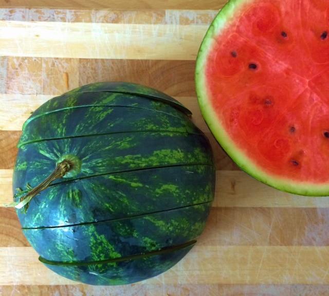 wassermelone-schneiden