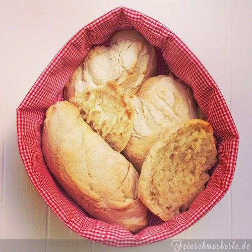 Der Gang zum Sonntagsbäcker war mal – jetzt gibt's frische Bürli aus dem eigenen Ofen!