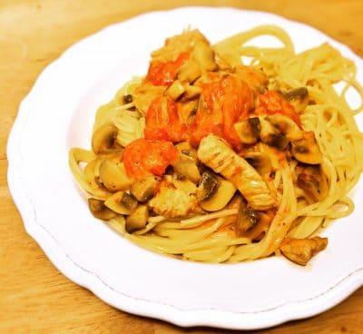 Soulfood pur: Pasta mit Champignons, Pute und Kirschtomaten