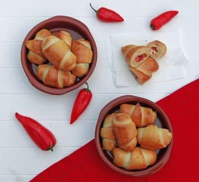 Kroatisches Soulfood lindert EM-Aus: Kiflice sa sirom (kroatische Käsehörnchen)