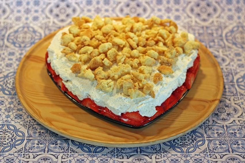 Erdbeer Streusel Kuchen – unser neuer Sommerliebling