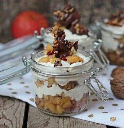 Apfel Tiramisu mit Walnuss und Honig aus dem Glas – regionales Winter Dessert