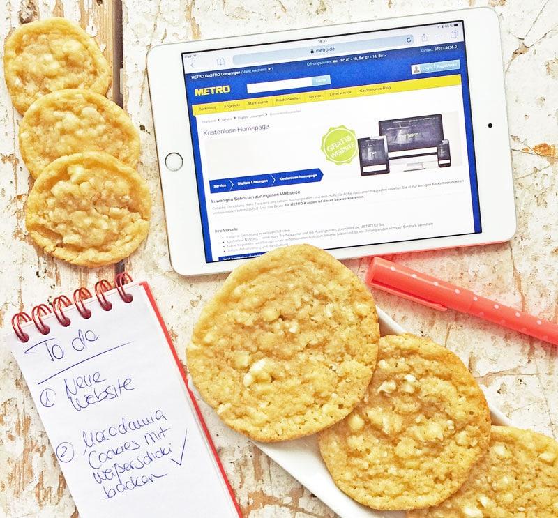 Kostenlose Website mit METRO = mehr Zeit Macadamia White Chocolate Cookies zu backen!