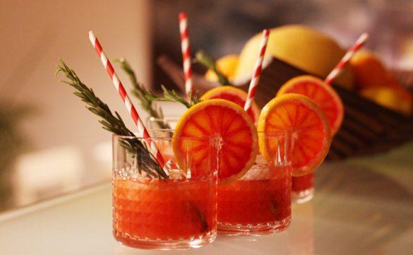 Gin Cocktail mit Blutorange